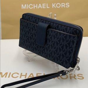 Michael Kors Jet Set Wristlet Phone Holder Wallet